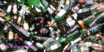 Mat-GlassRecycling.jpg